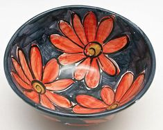 Small ceramic bowl with red daisy flower - Handmade majolica - Cereal, soup bowl, Pottery Bowls, Ceramic Bowls, Ceramic Pottery, Pottery Painting Designs, Pottery Designs, Ceramic Painting, Ceramic Art, Earthenware Clay, Sgraffito