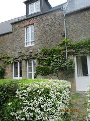 Tissey+Häuschen+in+der+Bucht+von+Mont+St.+Michel+++Ferienhaus in Avranches Outdoor Structures, Parking Space, Cottage House, Vacation