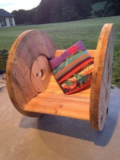 http://www.instructables.com/id/DIY-Cable-Drum-Rocking-Chair/