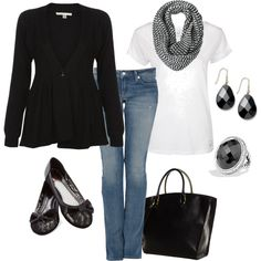 pinterest casual weekend winter looks for women | Casual Outfits | Black and White Weekend | Fashionista Trends