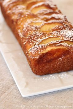 Cake aux pommes Cake with apples Crepe Recipes, Dessert Recipes, French Crepes, Apple Desserts, Mini Cakes, Pasta Dishes, Gluten Free Recipes, Coco, Banana Bread