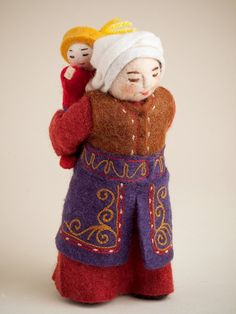 Erkebu, Kyrgyzstan, Felt, Dolls, Home Decor Felt Ball Rug, Wool Dryer Balls, Boho Bags, Leather Bags Handmade, Waldorf Dolls, Felt Dolls, Fabric Dolls, Felt Crafts, Beautiful Dolls