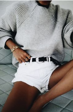 grey sweaters + western buckle belt + white denim shorts | #beachstyle #womensfashion