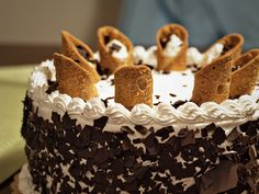 canoli cake - I love this cake! (my fav) Ms. Tessa loves this