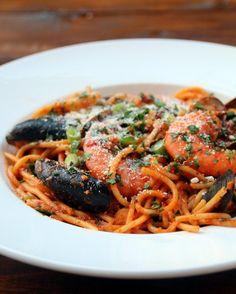 Recette des spaghetti aux fruits de mer en sauce tomate