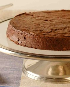 Chocolate Cake Recipes: This silky chocolate cake is the perfect end to any meal. Whether you're looking to impress a group of dinner guests or just a few friends around the table, this chocolate cake won't let you down.