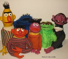 The very first Sesame Street toy puppets made by Educational Toys / Topper, From Mikey Artelle's Muppet memorabilia collection. 1970s Childhood, My Childhood Memories, Childhood Toys, Best Memories, Sesame Street Puppets, Sesame Street Toys, Sesame Streets, Retro Toys, Vintage Toys