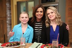 16-year-old Kailey, who has a congenital cardiac condition, wished to meet Rachael Ray. Rachael hosted Kailey on her show and she even prepared a special meal for her in the kitchen!  Check your local listings and times to see when Kailey will be featured on tomorrow's episode of The Rachael Ray Show.