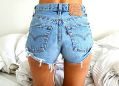 I absolutely love these shorts buuut i wish they were just a tad longer so my butt doesn't han out.. k go.