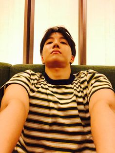 "BTS Tweet - J-hope (selca) 150521 -- 아미한테 감사의 마음 셀카 웃음이ver , 근육이 ver -- [TRANS] ""My 'heart of thanks' selfie for our ARMYs smiley boy ver., muscle boy ver."" n-- cr: ARMYBASESUBS @BTS_ABS"