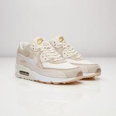 buy online 33424 a10c2 Nike Wmns Air Max 90 Pedro Lourenco - 867116-200 - Sneakersnstuff    sneakers   streetwear på nätet sen 1999