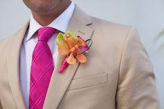Beach wedding inspiration: Tropical wedding flower boutonniere