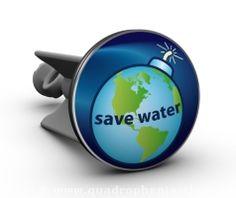 Und hier unser Vorschlag zum Thema Nachhaltigkeit: Save Water - Der Stöpsel soll jeden Tag daran erinnern, umsichtig mit unserer wertvollen Ressource Wasser umzugehen. Ein außergewöhnlicher und umweltschützender Hingucker in jedem Badezimmer und auf jeder Gästetoilette.