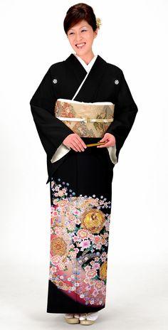 晴れ着の丸昌の着物は上品かつ華やかな印象に。結婚式の参考にしたい留袖♡素敵な留袖でウェディング・ブライダルに列席♪