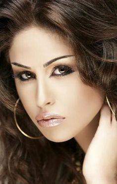 Arabic smoky eye makeup