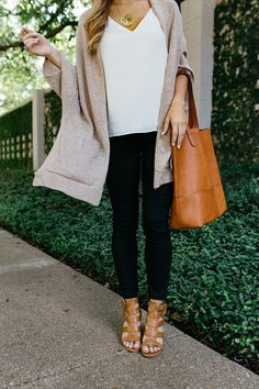 Sharing how to wear black and brown and all the options Sole Society has to offer // mixing neutrals // brown and black outfit // fall outfit ideas