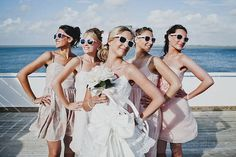 19 Ideas For Wedding Photography Bridal Party Group Poses Bridesmaid Gifts Perfect Wedding, Dream Wedding, Wedding Day, Party Wedding, Wedding Unique, Wedding Shot, Trendy Wedding, Wedding Season, Wedding Reception