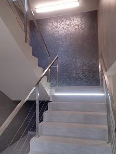 Stair Walls, Tv Wall Decor, Wooden Stairs, False Ceiling Design, Planer, Luxury Homes, Indoor Outdoor, House Design, Interior Design