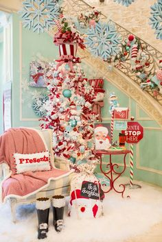 Santa is here at Turtle Creek Lane! Need more holiday inspiration? Head over to Candy Land Christmas, Turquoise Christmas, Cottage Christmas, Whimsical Christmas, Christmas Room, Pink Christmas, Christmas Themes, Christmas Tree Decorations, Christmas Wreaths