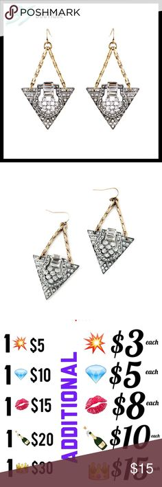 💋LAST ONE💋 Crystal Bling Triangle Earrings Gift CLOSET CLEAROUT SALE  🔻LAST ONE🔻  BRAND NEW  Just bundle & make me an offer! 😊  WHILE SUPPLIES LAST... Thanks & ENJOY! 💕  Nasty Gal, Sephora, MAC, H&M, Lulu Lemon, Francesca's, Kardashian, Kylie, Free People, Juicy, Smashbox, Anthropology, Urban Outfitters BS Boutique Jewelry Earrings
