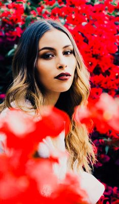 Juliana Pérez  Ventino Crown, Disney Princess, My Love, Wallpapers, Fashion, Musica, Photos Tumblr, Beauty, Happiness