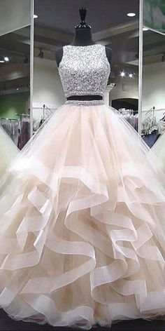 Sparkly Beaded Long Two Pieces Quinceanera Dress 2019 Custom Made Tulle Beadings Prom Gowns Fashion Long Two Pieces Graduation Party Dress Beaded School Dance Dress Pageant Dress for Girls - Lange Kleider - School Dance Dresses, Girls Pageant Dresses, Cute Prom Dresses, Ball Dresses, Pretty Dresses, Homecoming Dresses, Beautiful Dresses, Prom Gowns, Party Dresses For Girls