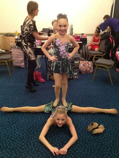 So cute. Me and my gymnastics friend should do this
