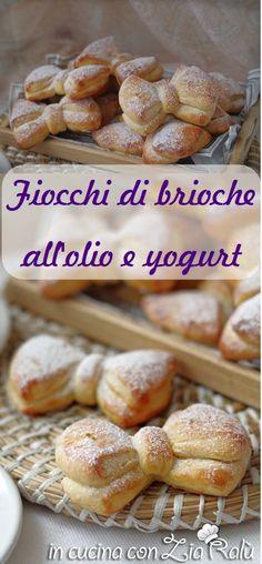 Fiocchi di brioche allo yogurt - In cucina con Zia Ralù Zia, Desert Recipes, Creative Food, Cookie Decorating, Yogurt, Hamburger, Bread, Cookies, Desserts