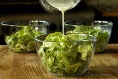 Salată verde în trei variante de dressing