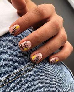 Minimalist Nails, Short Nail Designs, Nail Art Designs, Pretty Nails, Fun Nails, Nail Art Noel, Almond Nails Designs, City Nails, Types Of Nails