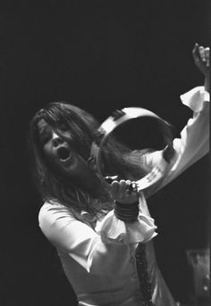 Unknown to most Janis was a pretty good musician. Here singing and playing the tambourine.