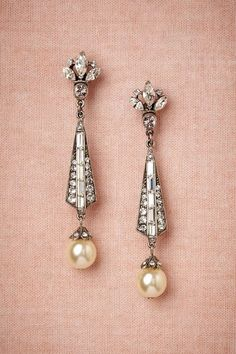 These vintage earrings would be an amazing addition to a wedding dress! The champagne color is gorgeous!