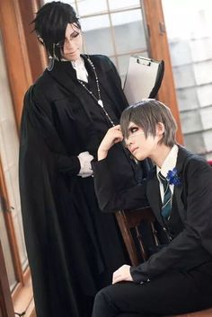 Sebastian Michaelis and Ciel Phantomhive (Black Butler Weston College Arc)… Cosplay Anime, Epic Cosplay, Cosplay Makeup, Amazing Cosplay, Cosplay Ideas, Black Butler Cosplay, Black Butler Anime, Black Butler Crossover, Sebastian Cosplay