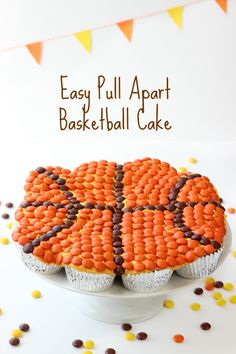 An Easy Basketball Pull Apart Cake Made from Cupcakes and Reese's Pieces. Cupcake cakes are simple and always a crowd pleaser. No cake decorating skills required! Pull Apart Cupcake Cake, Pull Apart Cake, Cupcake Cakes, Cupcake Ideas, Cup Cakes, Cupcake Recipes, Basketball Cupcakes, Basketball Birthday, Basketball Party