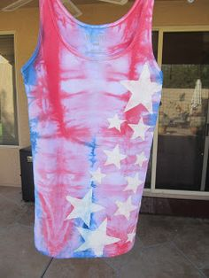 Easy and fun tye dye shirt using coffee cans.