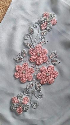 Knitting and crocheting hand embroidery blouse designs simple, hand embroidery designs for kurti border, hand embroidery blouse, hand embroidery stitches free patt Simple Embroidery Designs, Hand Embroidery Patterns Flowers, Hand Embroidery Videos, Hand Work Embroidery, Beaded Embroidery, Zardozi Embroidery, Kurti Embroidery Design, Couture Embroidery, Embroidery Ideas