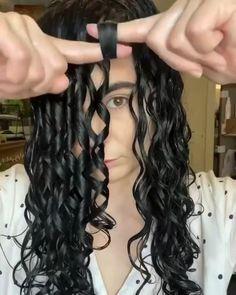 Curly Hair Routine, Curly Hair Tips, Curly Hair Care, Curly Girl, Hair Up Styles, Natural Hair Styles, Baddie Hairstyles, Aesthetic Hair, Hair Videos