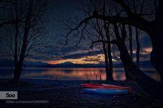 Lake Wanaka Morning - Pinned by Mak Khalaf It was a quiet morning around the shores of Lake Wanaka South Island of New Zealand. Travel Lake WanakaNew ZealandPopular TagsSouth Islandbeachcanoesdawnlakemorningmountainspink skyredreflectionshadowsilhouettetrees by elkynz