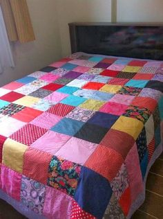 My granny made me a Purple Butterfly quilt it was Soo Amazing & So Beautiful ❤🦋 Scrappy Quilts, Baby Quilts, Patch Quilt, Quilt Blocks, History Of Quilting, Butterfly Quilt, Purple Butterfly, Quilting For Beginners, Bed Covers