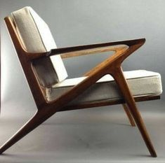 Antique furniture is 100 decades or older. Mid Century furniture is suitable for any modern house or workplace. Today, people are buying Mid-Century Modern furniture exactly the same way that they'd purchase an artwork or a part of stock, states … Mid Century Modern Design, Mid Century Modern Furniture, Mid Century Style, Mid Century Modern Chairs, Danish Modern Furniture, Modern House Furniture, Contemporary Furniture, Mid Century Interior Design, Trendy Furniture