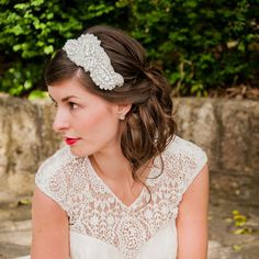 Bridal Applique Headpiece Rihanna isthe perfectside tiara for thestylish bride. Adorned with diamantes, clear cut crystals and silver lined sead beads, this headpiece is a tasteful and refined addition to most dresses. Credits: Interlace Photography, Rachel Harvey.