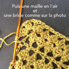 Attention à bien planter le crochet Easy Crochet Hat, Crochet Simple, Crochet Video, Crochet Diy, Crochet Necklace, Projects To Try, Knitting, Beautiful, Blog