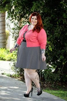 Tess Munster❤️ ❤️ #supersized #beautiful #bigBOOTY #ssbbw #models #CurvyGirls #bbws #ssbbwmodels #ビッグブーティー follow us @ssbbwmodels ❤️
