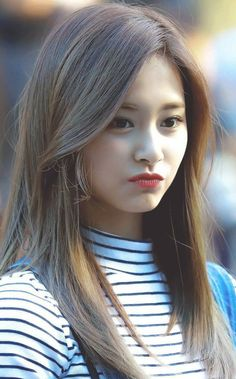 Chou Tzuyu, known mononymously as Tzuyu, is a Taiwanese singer based in South Korea and a member of the K-pop girl group Twice, under JYP Entertainment. Kpop Girl Groups, Korean Girl Groups, Kpop Girls, Nayeon, Korean Beauty, Asian Beauty, Bts K Pop, Twice Tzuyu, Oppa Gangnam Style