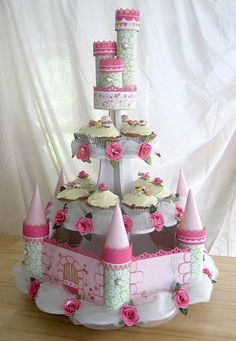 Amazing castle cake, great idea for a girls princess or tea party birthday party! Castle Cupcakes, Princess Cupcakes, Princess Party, Giant Cupcakes, Tea Party Birthday, Happy Birthday, Birthday Cakes, Cake Pop Stands, Cake Pops