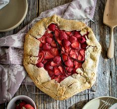 It's berry season, and that means tasty desserts like this Mixed Berry Earl Grey Galette from This Mess Is Ours! A combo of Pamela's All-Purpose Flour Artisan Blend & Nut Flour Blend creates that flaky crust.  Who's got berries on hand to try this?!