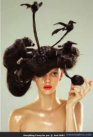HAARSTYLIST -check out these wild looking hats made completely out of hair by japanese artist, Nagi Noda Avant Garde Hair, Crazy Hair Days, Extreme Hair, Unique Hairstyles, Crazy Hairstyles, Funny Hairstyles, Fantasy Hairstyles, Amazing Hairstyles, Hair Shows