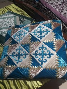 Applique Quilts, Patches, Cushions, Blanket, Quilting, Scrappy Quilts, Moroccan Room, Embroidery, Throw Pillows