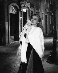 Anita Ekberg in La Dolce Vita