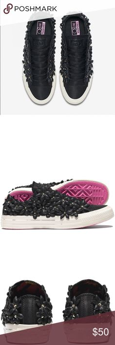 CONVERSE FLORAL EMBELLISHED LACE UP PatBo Collection - Women's 5 ((wore once)) Converse Shoes Sneakers
